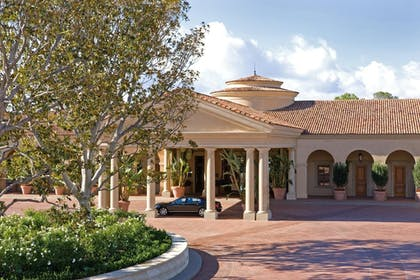 Hotel Front | The Resort at Pelican Hill