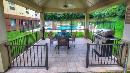 Terrace/Patio | Candlewood Suites Knoxville Airport-Alcoa