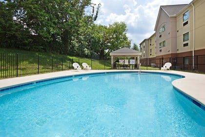 Pool | Candlewood Suites Knoxville Airport-Alcoa