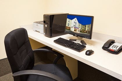 Business Center | Candlewood Suites Knoxville Airport-Alcoa