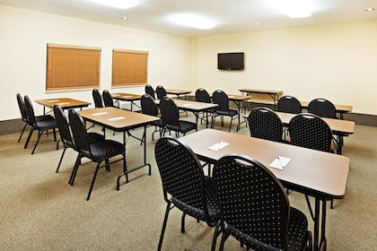 Meeting Facility | Candlewood Suites Knoxville Airport-Alcoa