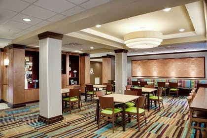 Breakfast Area | Fairfield Inn & Suites Lake City