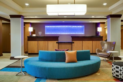 Lobby | Fairfield Inn & Suites Lake City