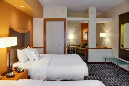 Guestroom | Fairfield Inn & Suites Lake City