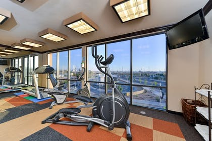 Fitness Facility | Holiday Inn Express & Suites Historic