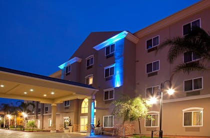 Featured Image   Holiday Inn Express Los Angeles Airport Hawthorne