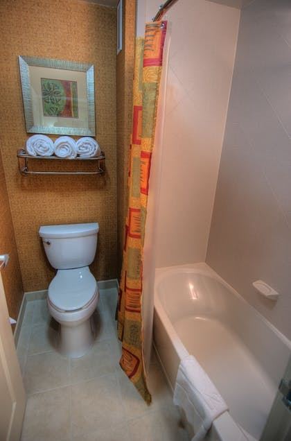 | 2 Queen Beds 1 Bedroom Suite | Homewood Suites Medford
