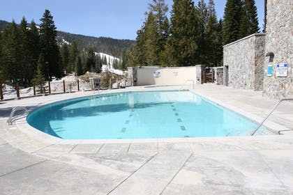 Outdoor Pool | Tamarack Resort