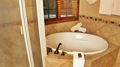 Deep Soaking Bathtub | Tamarack Resort