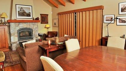 In-Room Dining | Tamarack Resort