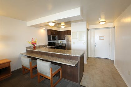 In-Room Kitchen | Driftwood Shores Resort And Conference Center