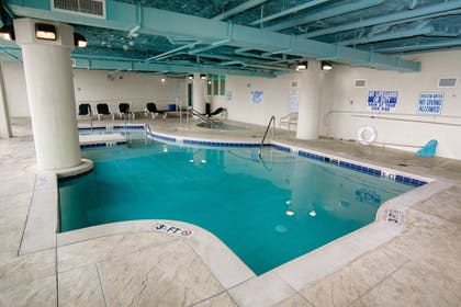 Indoor Pool | Horizon at 77th