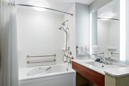 Bathroom | Holiday Inn Express & Suites Ontario