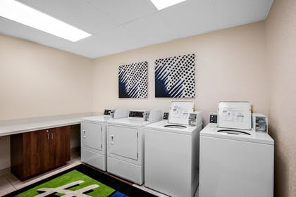 Laundry Room | Holiday Inn Express & Suites Ontario