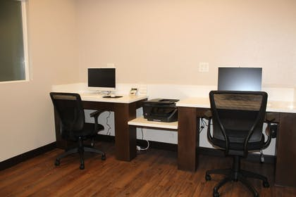 Business Center | Best Western Crater Lake Highway White City/Medford