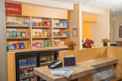 Snack Bar | TownePlace Suites by Marriott - Millcreek Mall