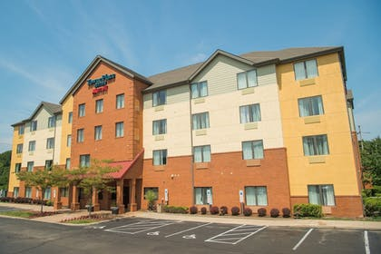 Exterior | TownePlace Suites by Marriott - Millcreek Mall