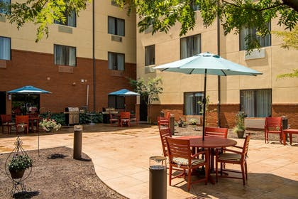 BBQ/Picnic Area | TownePlace Suites by Marriott - Millcreek Mall