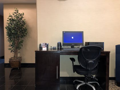 Business Center | Comfort Suites Mahwah - Ramsey