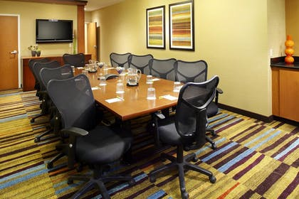 Meeting Facility | Fairfield Inn & Suites by Marriott Pittsburgh Neville Island