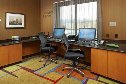 Business Center | Fairfield Inn & Suites by Marriott Pittsburgh Neville Island