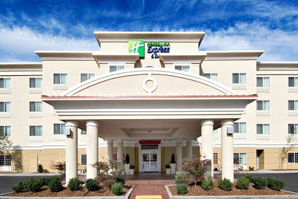 Featured Image | Holiday Inn Express & Suites Klamath