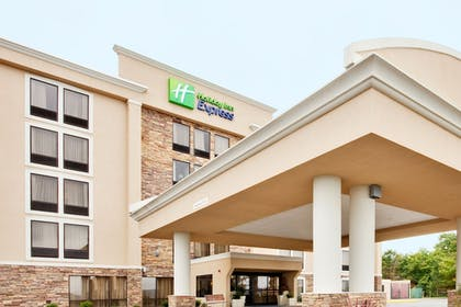 Featured Image | Holiday Inn Express Wilkes Barre East