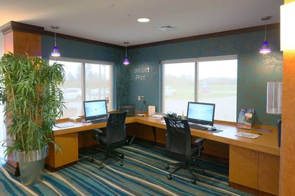 Business Center | Fairfield Inn & Suites by Marriott Des Moines Airport