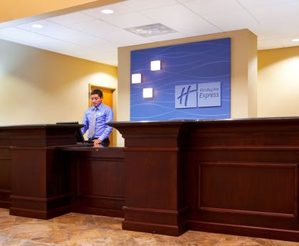 Featured Image | Holiday Inn Express & Suites Waukegan