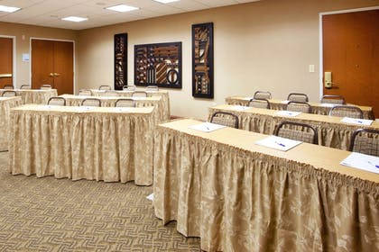 Meeting Facility | Holiday Inn Express Hotel & Suites Lewisburg