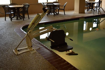 Pool | Holiday Inn Express Hotel & Suites Lewisburg