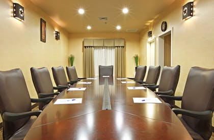 Meeting Facility | Holiday Inn Express & Suites Marshall