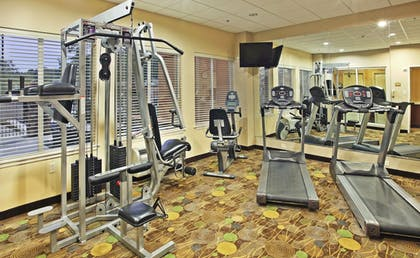 Fitness Facility | Holiday Inn Express & Suites Marshall