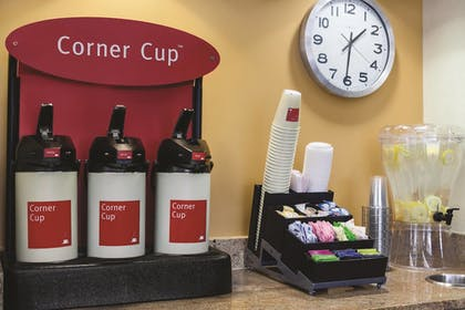 Cafe | TownePlace Suites by Marriott Joliet South