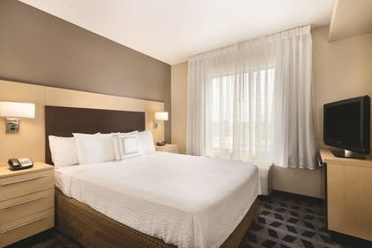 Guestroom | TownePlace Suites by Marriott Joliet South