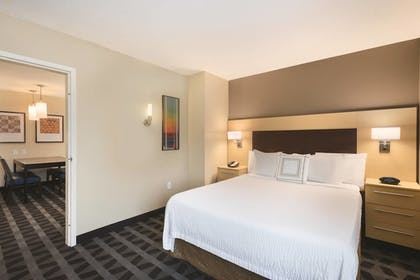 Guestroom View | TownePlace Suites by Marriott Joliet South