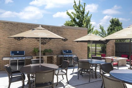 BBQ/Picnic Area | TownePlace Suites by Marriott Joliet South