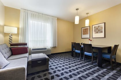 Living Area | TownePlace Suites by Marriott Joliet South
