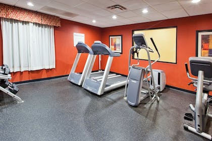 Fitness Facility | Holiday Inn Express & Suites Rome-East