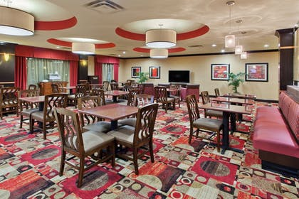 Restaurant | Holiday Inn Express & Suites Rome-East