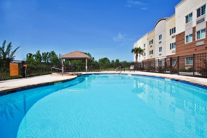 Outdoor Pool | Candlewood Suites Macon