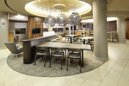 Lobby Sitting Area | SpringHill Suites by Marriott Chicago Waukegan/Gurnee