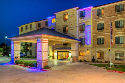 Featured Image | Holiday Inn Express And Suites Granbury
