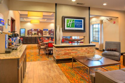 Restaurant | Holiday Inn Express And Suites Granbury