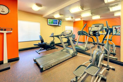 Fitness Facility | Holiday Inn Express And Suites Granbury