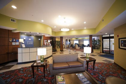 Restaurant | Holiday Inn Express Hotel & Suites Atlanta East - Lithonia