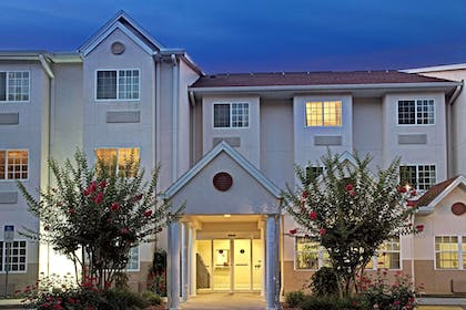 Featured Image   Microtel Inn & Suites by Wyndham Brooksville