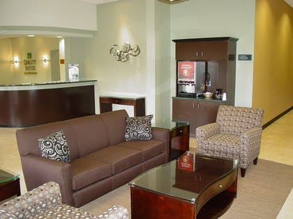 Hotel Interior | Quality Suites Central