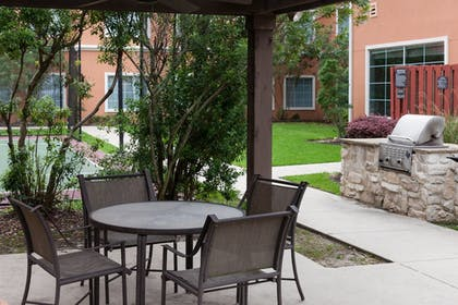 BBQ/Picnic Area | Residence Inn by Marriott Beaumont