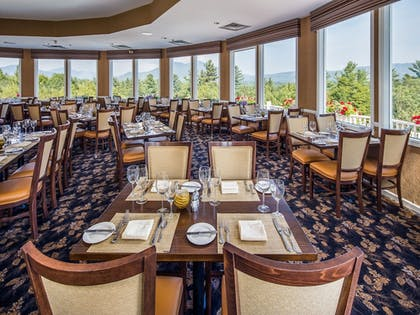 Family Dining | The White Mountain Hotel & Resort